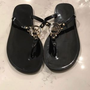 Michael kors jelly thong sandals